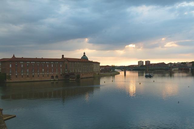 Rencontre femmes à Toulouse - Gratuit pour célibataire